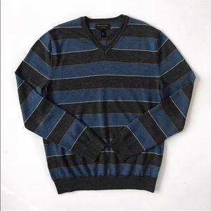Banana Republic V-neck Sweater Pullover man size L